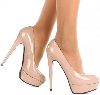Бежевые туфли фото