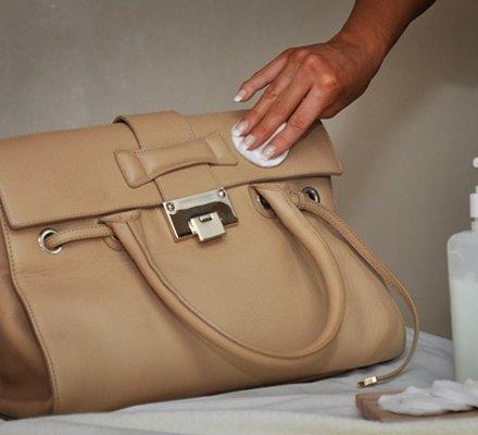 Как очищать искусственную кожу