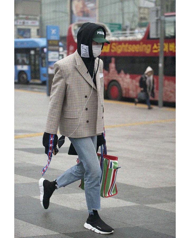 Модные весенние кроссовки 2021. Фото, с чем носить